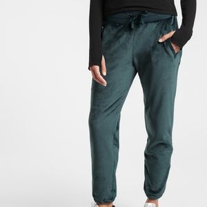 NWOT Double Cozy Karma Recover Jogger Nordic Teal
